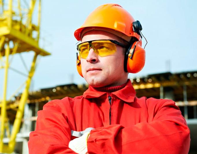 Стоит ли поступать учиться на строителя?